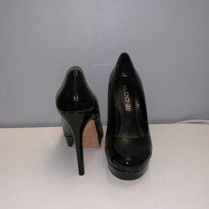 shiny black platform heals (4.5 inch)